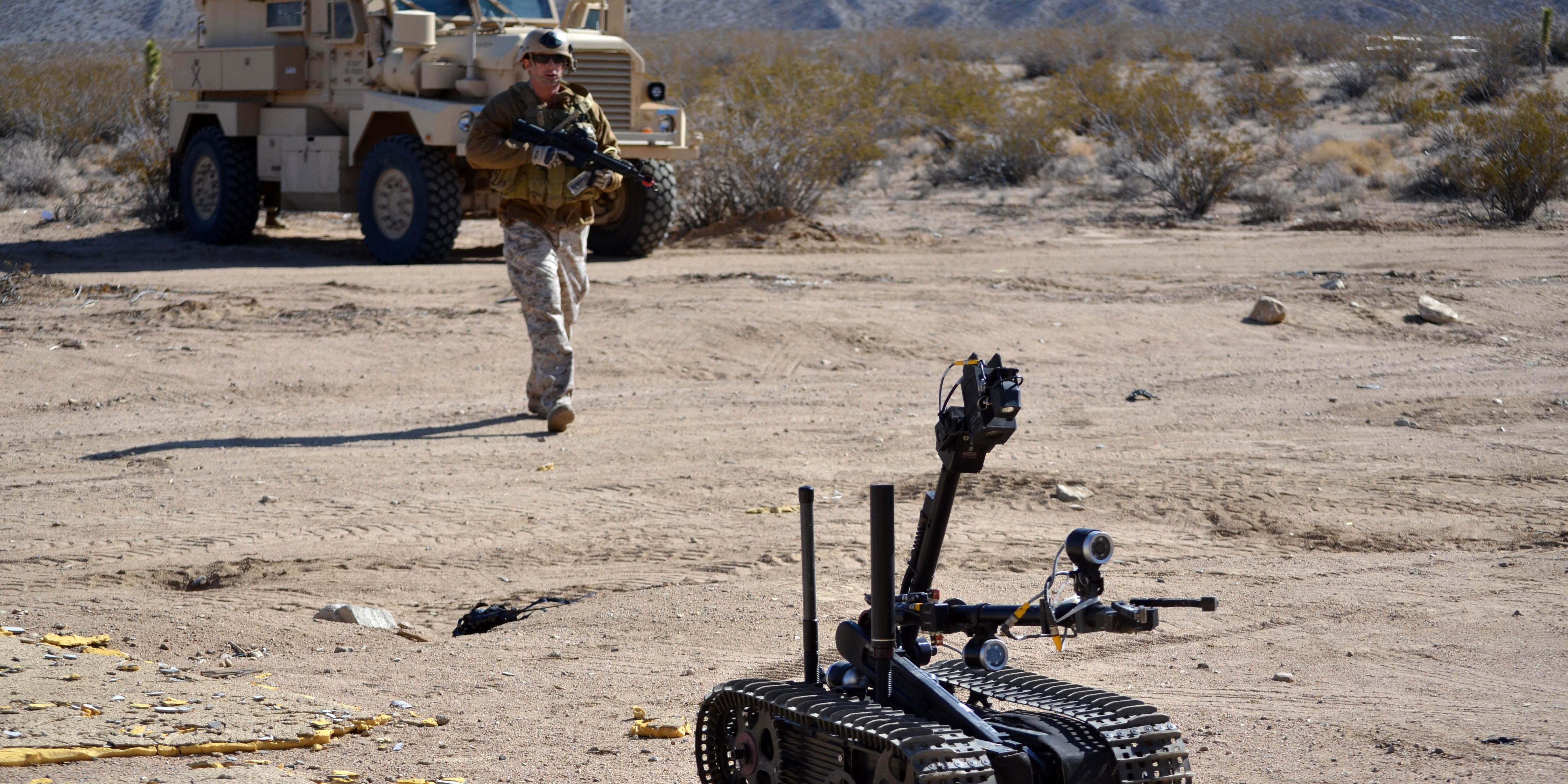 10 robôs militares para cada humano